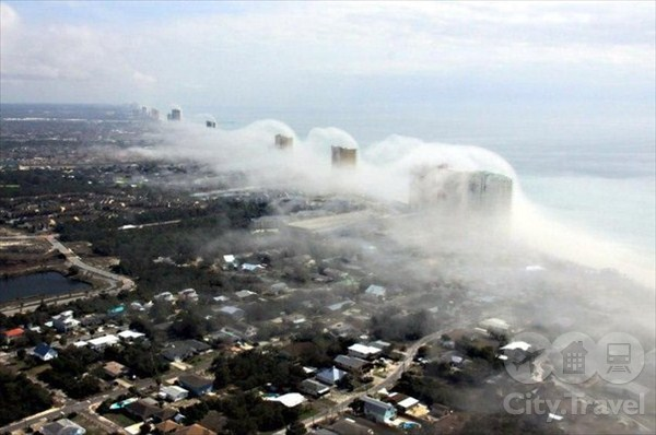 Панама-сити: цунами из облаков